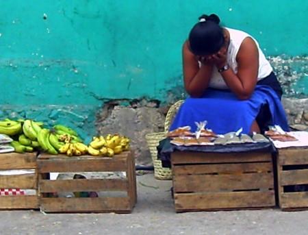 agobiadas-por-la-pobreza-y-la-injusticia